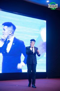 Diễn giả Lê Diên Hạnh